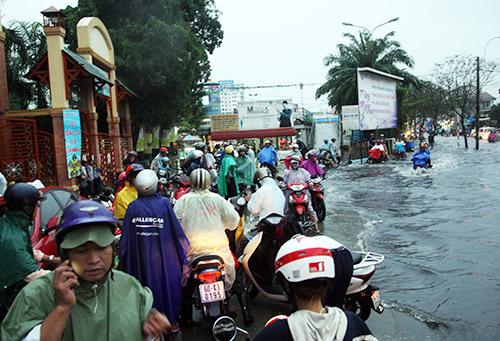 Nguoi Sai Gon lai khon don vi pho thanh song - 11