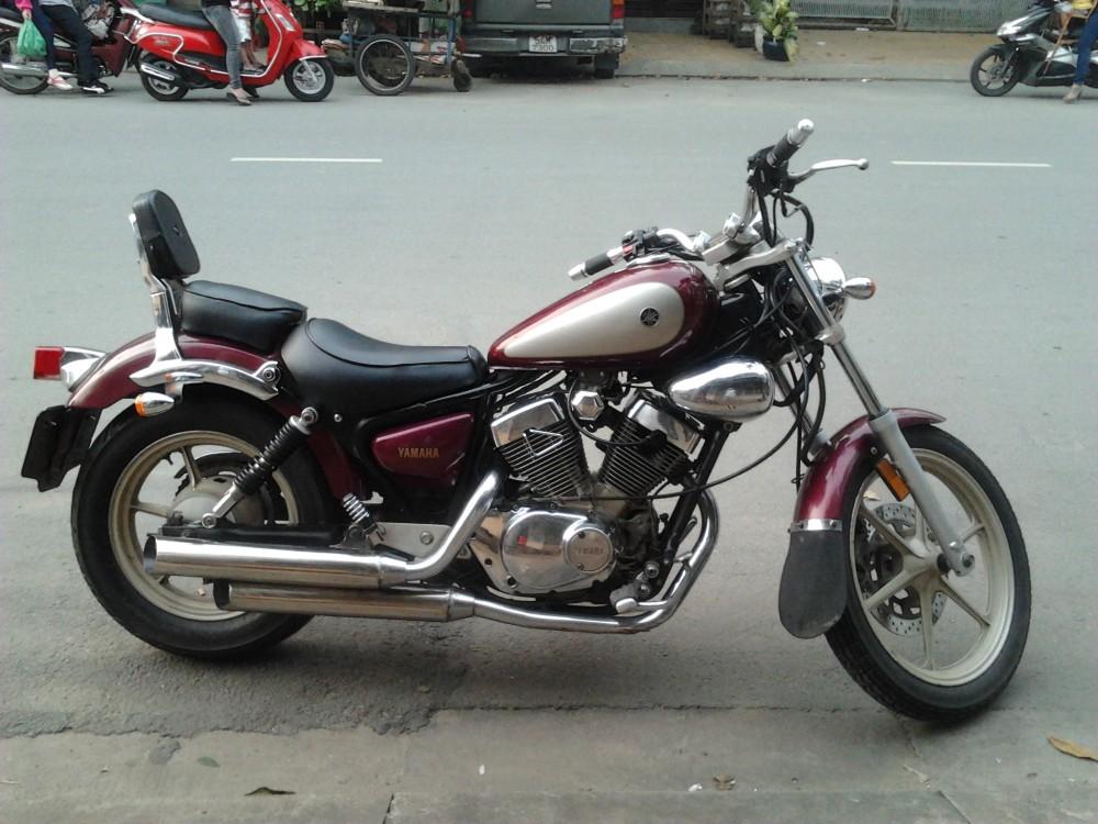 Xe motor Yamaha dong co VTwin cuc ngau gia cuc yeu