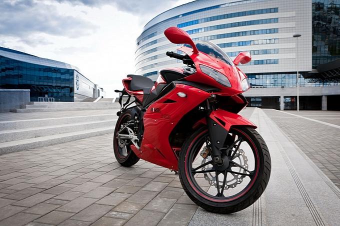M1nsk gioi thieu mau sportbike R250