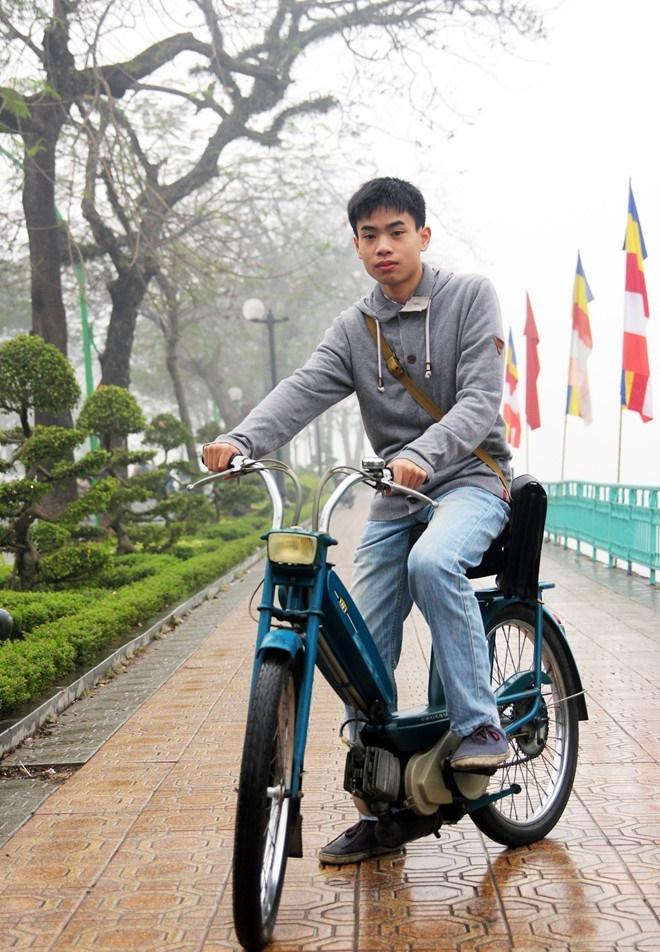 Chang trai me xe co thuoc the he 9x