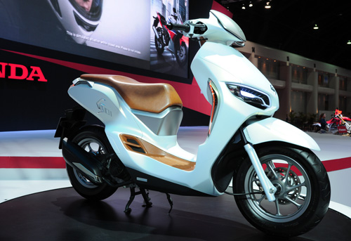Honda ES01 concept scooter sang trong va la mat - 3