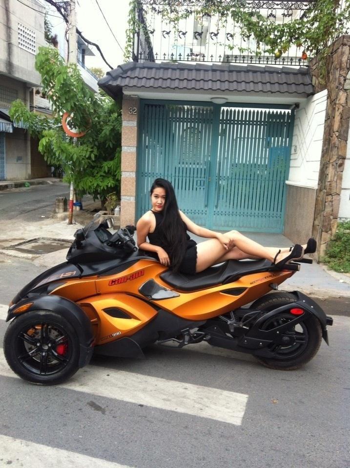 Hot girl Sai Gon so do nong cung PKL