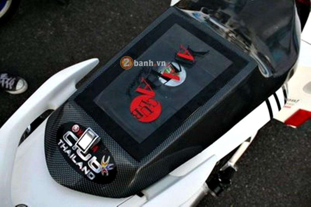 Yamaha Nouvo LX trung tam giai tri mini - 4