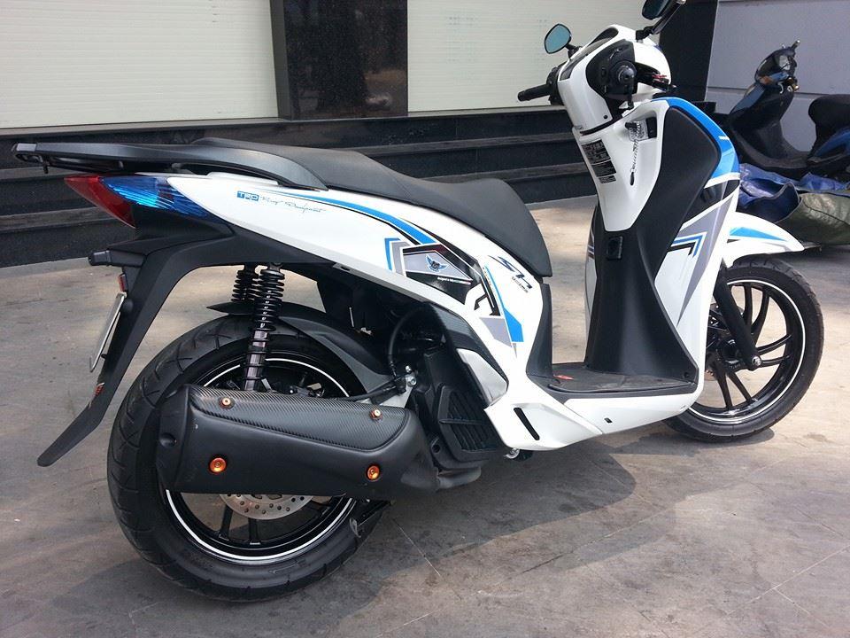 Honda SH 150i trang xanh ca tinh