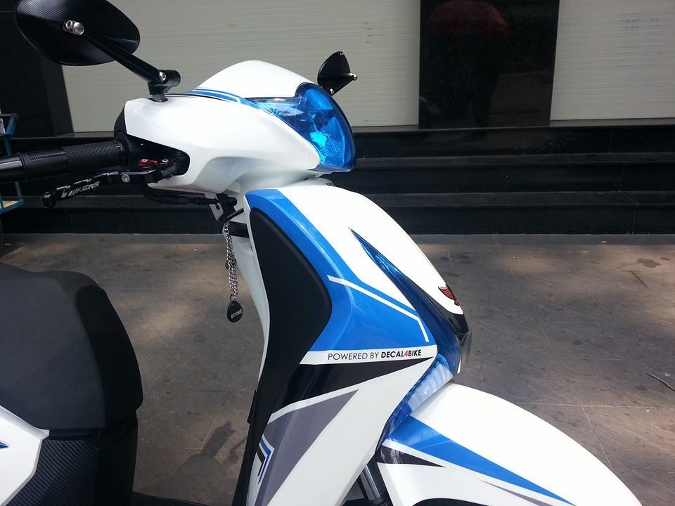 Honda SH 150i trang xanh ca tinh - 3
