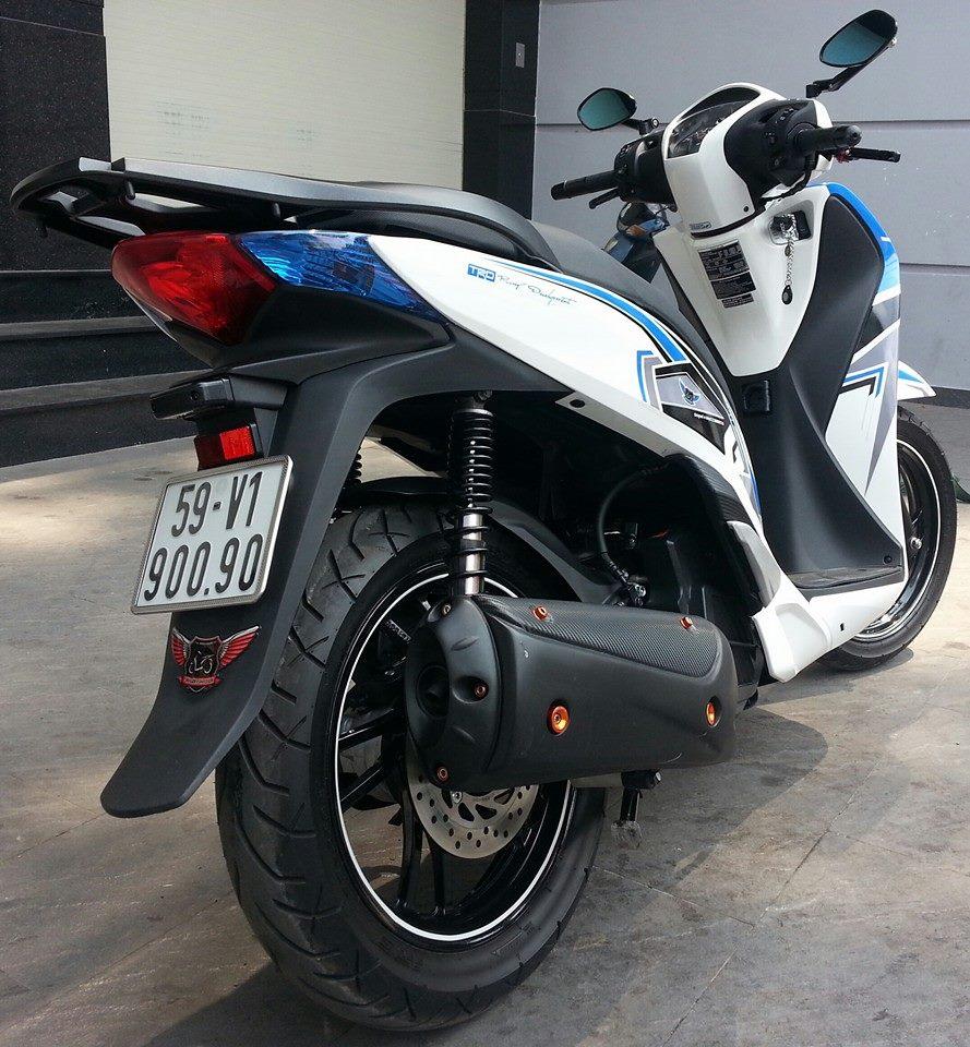 Honda SH 150i trang xanh ca tinh - 5