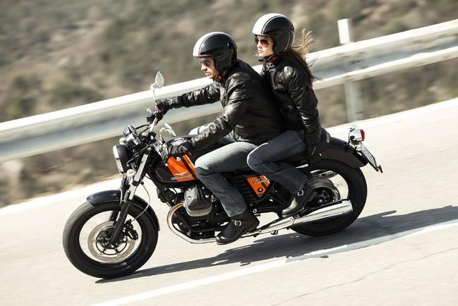 Moto Guzzi V7 2014 nhieu lua chon hon 3 phien ban bien the moi - 7