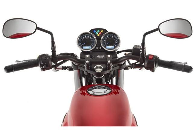 Moto Guzzi V7 2014 nhieu lua chon hon 3 phien ban bien the moi - 9