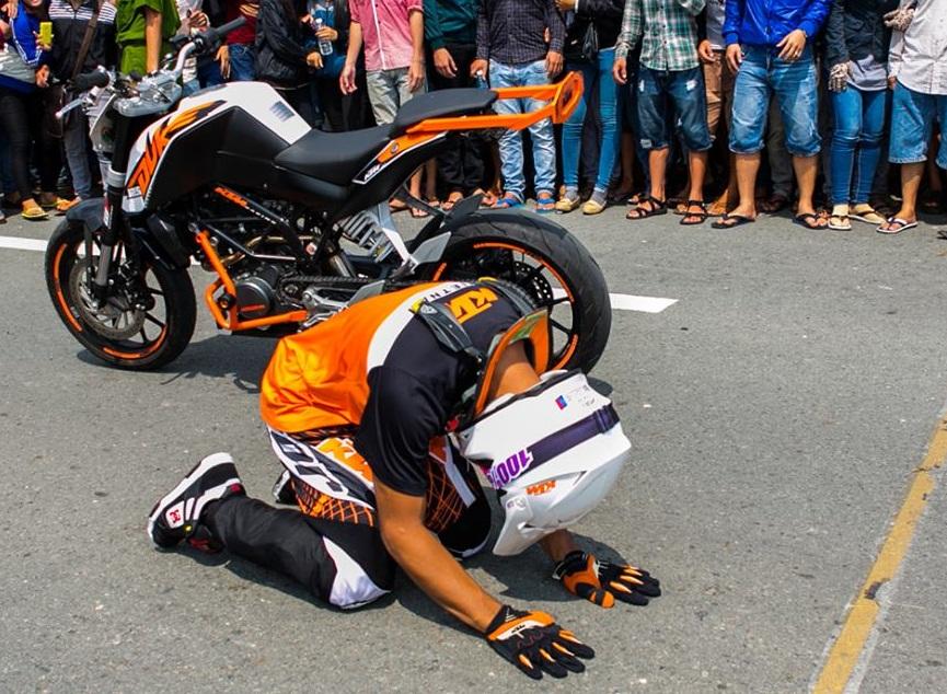 Khan gia pha hong cuoc dua biker malaysia vai lay tai Drag 400m Binh Duong