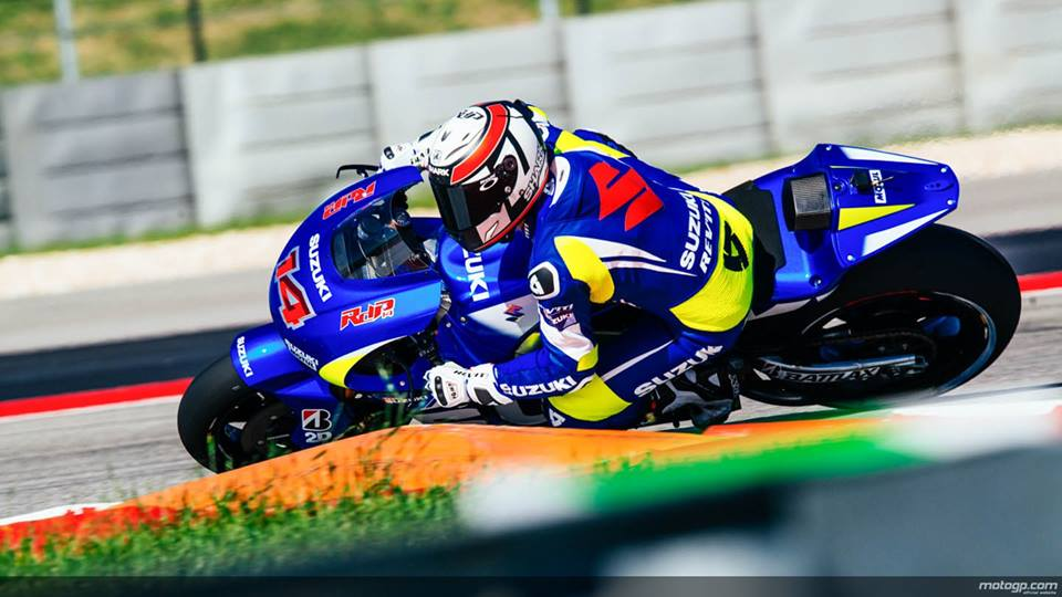 Suzuki se tro lai Moto GP trong mau ao xanh tuyet dep - 4