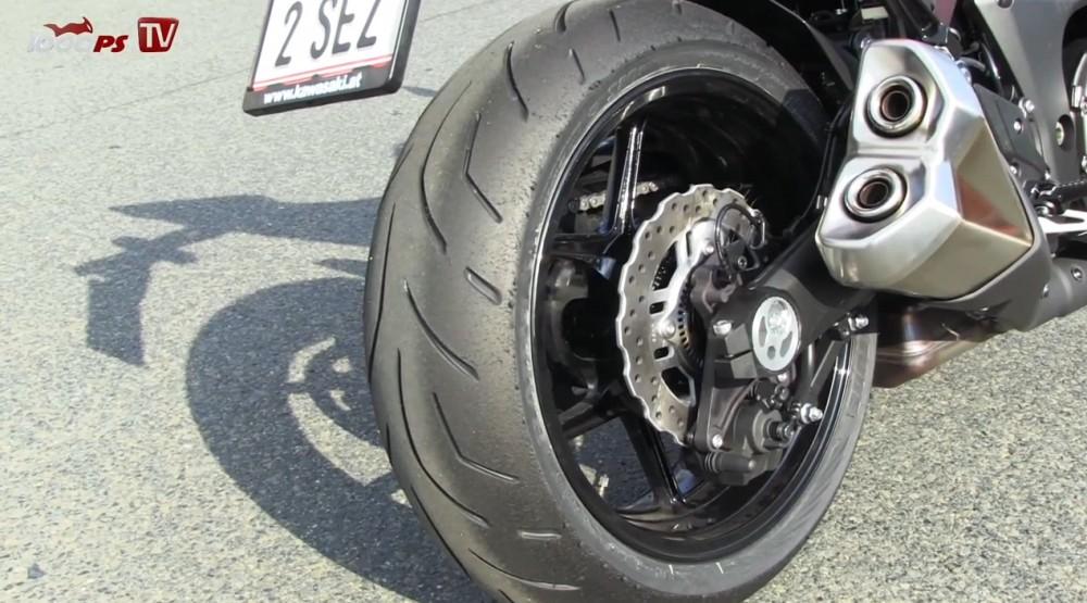Xem Kawasaki Z1000 2014 tren duong chay track - 4