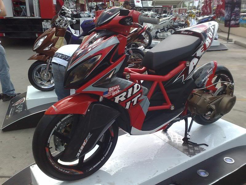 Yamaha nouvo LX phien ban rade it - 2