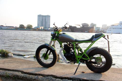 Yamaha TW200 Chau Chau xanh cua chang sinh vien Viet