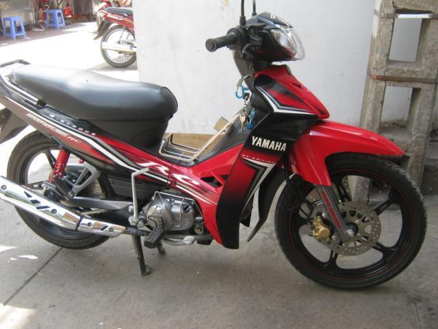 A e cho hoi xe Yamaha Sirius RC doi 2013 chay bao nhiu kml xang