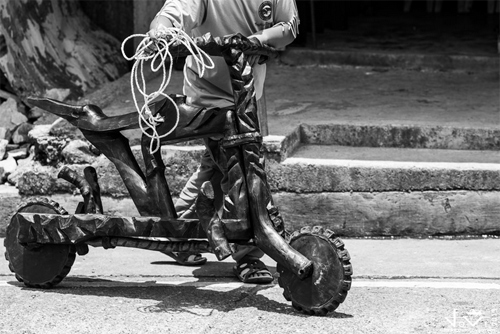 Cuoc dua scooter sieu nguyen thuy - 6