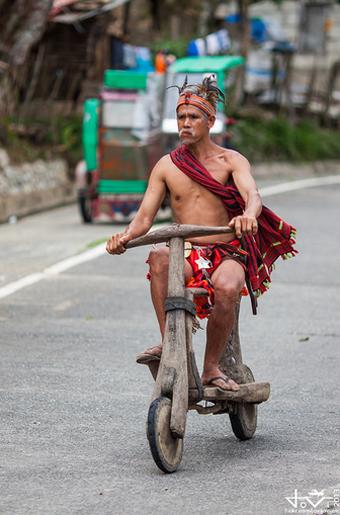 Cuoc dua scooter sieu nguyen thuy - 13