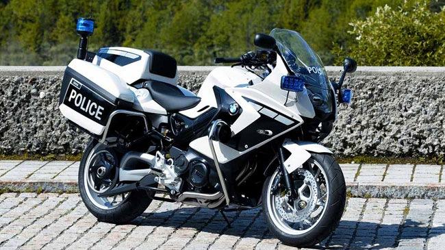 Den canh sat cung thich xai moto BMW