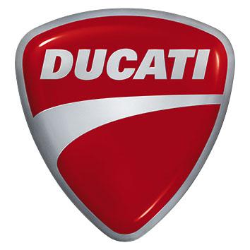 Ducati Monster 750 do bat mat cua nu biker Ba Lan