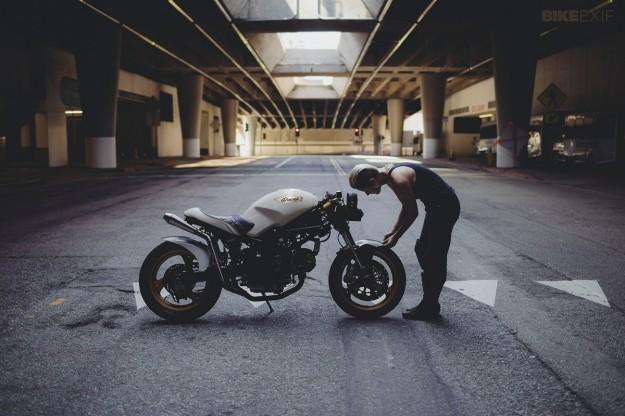 Ducati Monster 750 do bat mat cua nu biker Ba Lan - 7