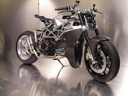 Ducati Monster 900 CNC - 3