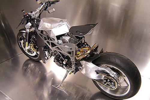 Ducati Monster 900 CNC - 7