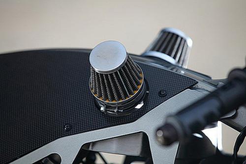 Ducati Monster 900 CNC - 10