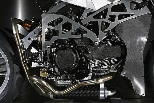 Ducati Monster 900 CNC - 15