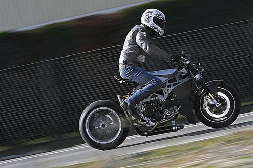 Ducati Monster 900 CNC - 16
