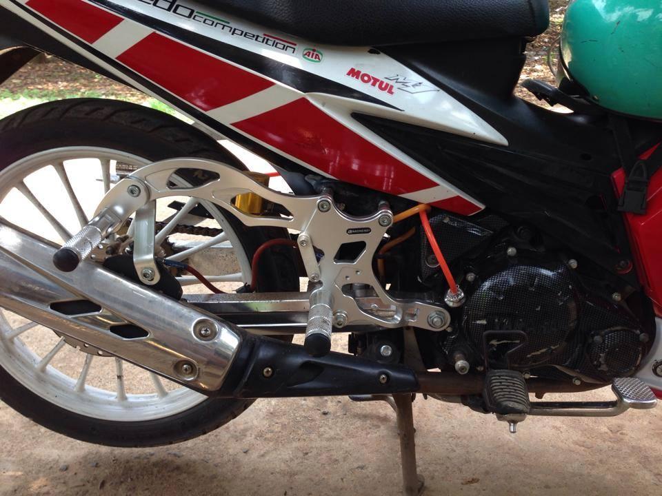 Exciter trang do phong cach MotoGP - 8
