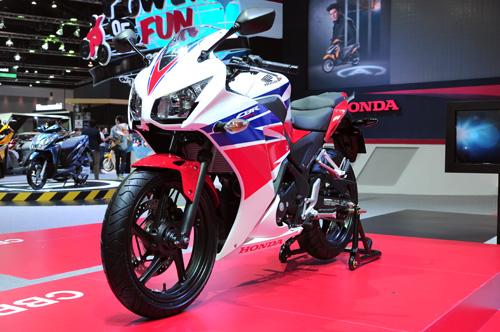 Honda CBR300R chinh thuc ra mat voi gia 115 trieu dong - 6