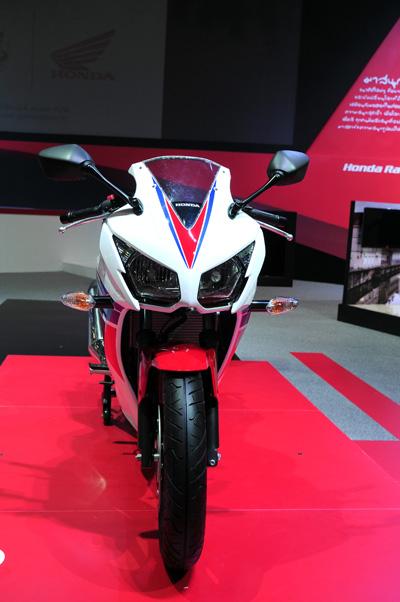 Honda CBR300R chinh thuc ra mat voi gia 115 trieu dong - 12