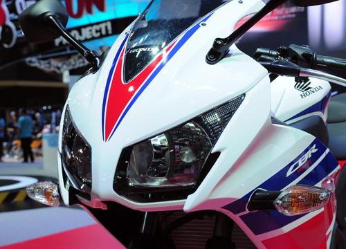 Honda CBR300R chinh thuc ra mat voi gia 115 trieu dong - 14
