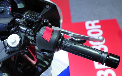 Honda CBR300R chinh thuc ra mat voi gia 115 trieu dong - 19