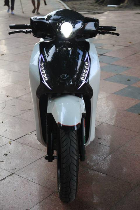 Honda SH 2012 trang den noi bat - 2