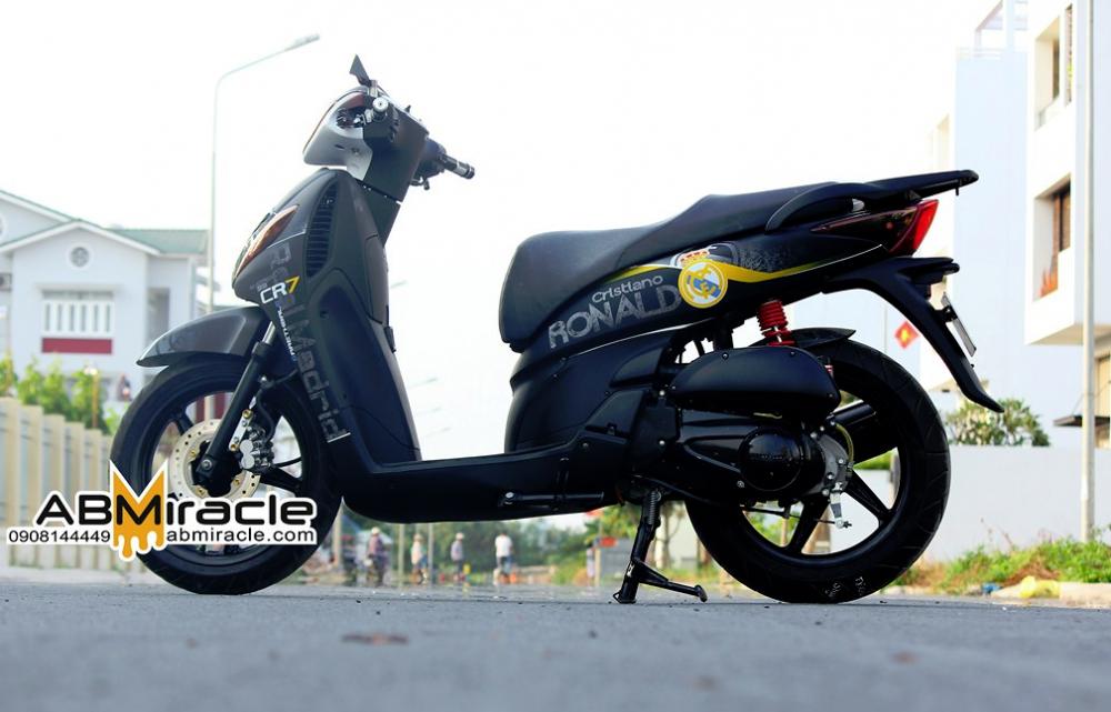 Honda SH cua CR7 - 6