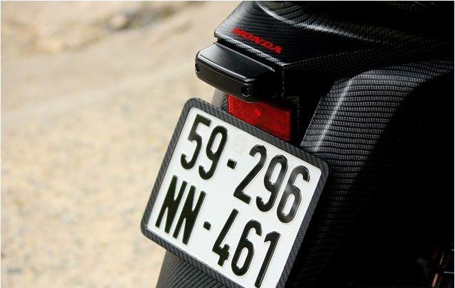 Honda Sh do theo phong cach Ferrari - 5