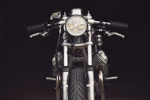 Moto Guzzi V50 do phong cach cafe racer don gian va chi phi thap - 3