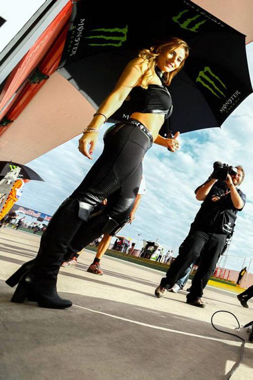 Nguoi dep khoe dang trong MotoGP 2014 tai Argentina - 3