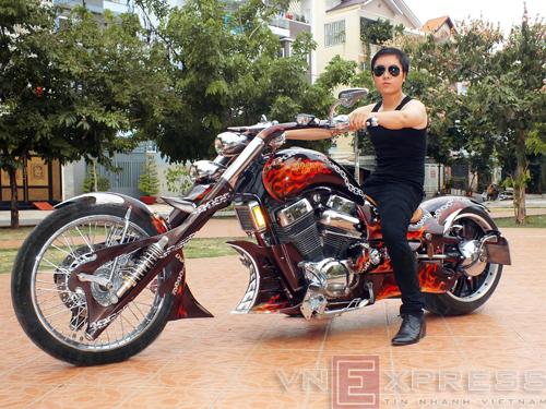 Suzuki Intruder co may moi cua Ghost Rider - 5