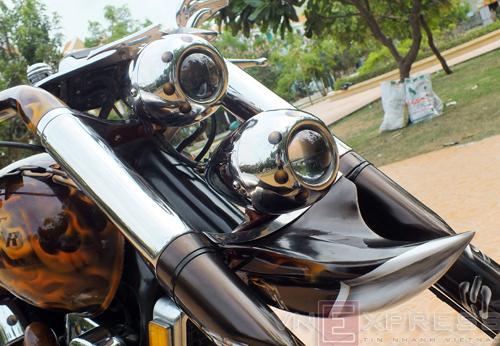 Suzuki Intruder co may moi cua Ghost Rider - 13