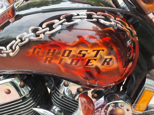 Suzuki Intruder co may moi cua Ghost Rider - 19