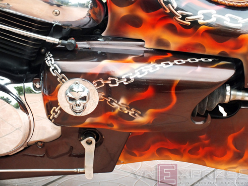 Suzuki Intruder co may moi cua Ghost Rider - 20