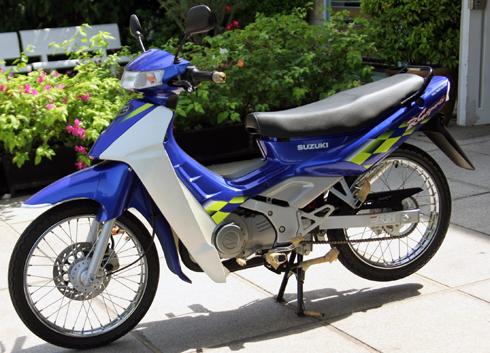 Suzuki RG Sport chua mot lan no may tai Viet Nam