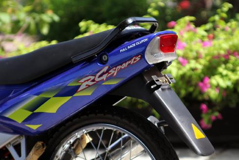 Suzuki RG Sport chua mot lan no may tai Viet Nam - 10