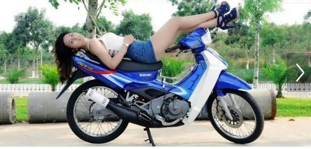 Suzuki Sport va nhung co gai mac vay it thay - 6