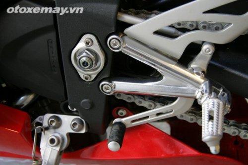 Triumph Daytona 675 Triple khoe dang tai Sai Gon - 6