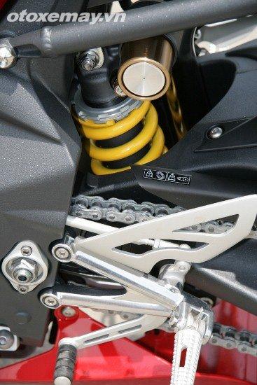 Triumph Daytona 675 Triple khoe dang tai Sai Gon - 7