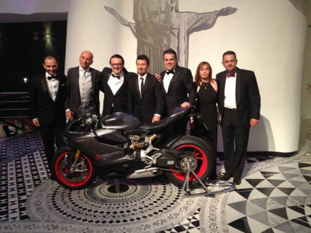 Ducati 1199 Panigale S Senna duy nhat tai chau Au da co chu - 2