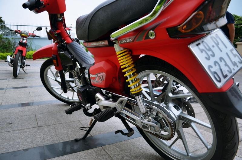Honda dream do do kieng dinh cao chu chat - 4