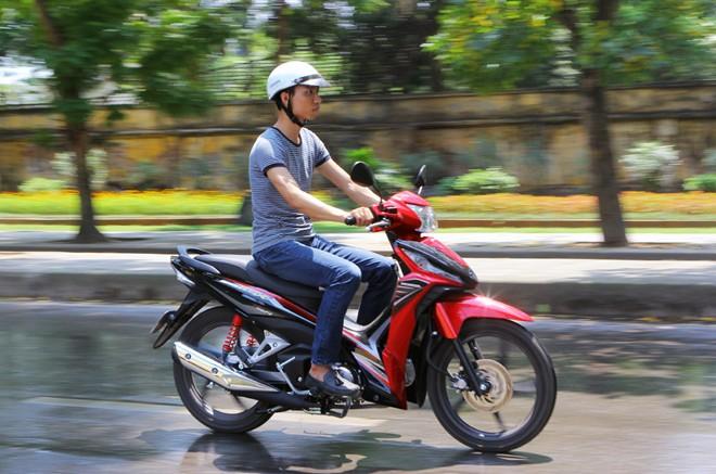 Honda Wave RSX Fi thay doi hop thoi - 4